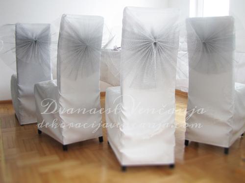 bele-presvlake-za-stolice1