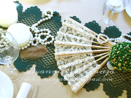 dekoracija-mladenackog-stola-zeleno-bez2