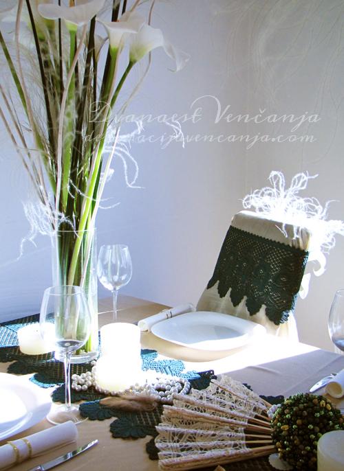 /dekoracija-stola-cipka-i-kale1