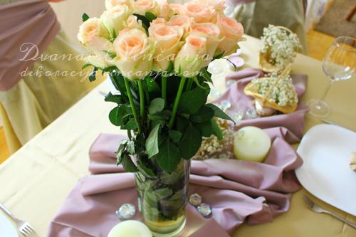 cvetni-aranzman-dekor-vencanja-avgust