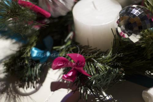 novogodisnja-dekoracija-stola-sveca.jpg