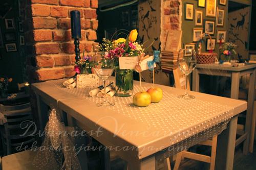 dekoracija-stola-handmade-starinsko-vencanje.jpg