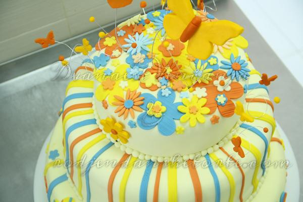 mladenacka torta prolecno vencanje