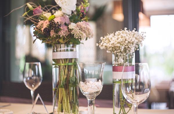cvetna dekoracija stola