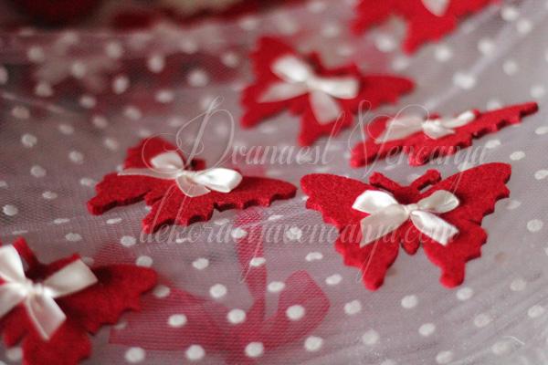 crveni cvetic za svatove filc