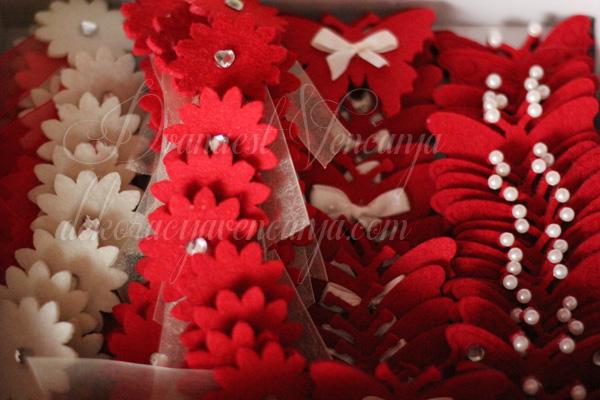 cvetici za svatove crveni i beli sa cirkonima i biserima